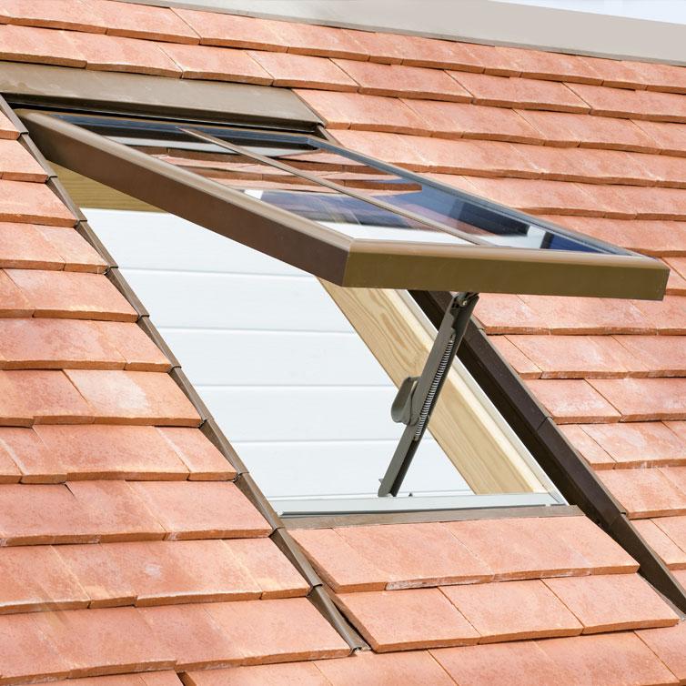 ch ssis sur toiture tuile pose encastr faible ou fort galbe tuile plate grand moule t i. Black Bedroom Furniture Sets. Home Design Ideas